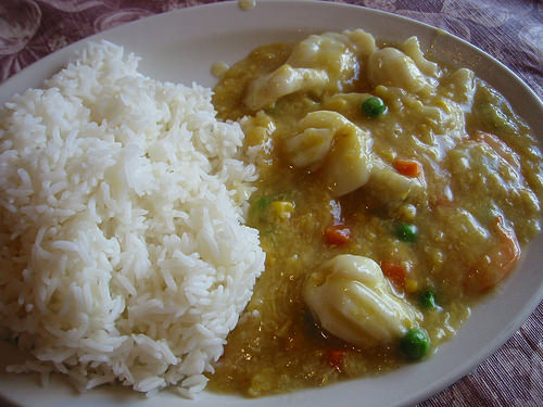 Rice with seafood in sweetcorn sauce