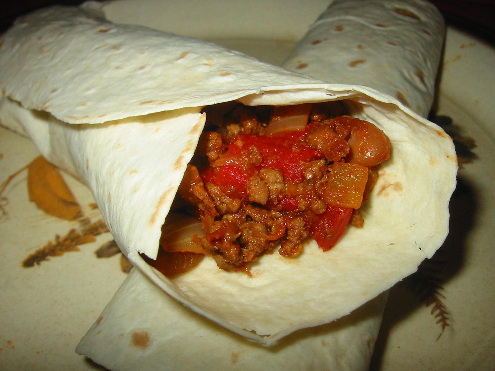 Beef, bean and roasted capsicum burritos