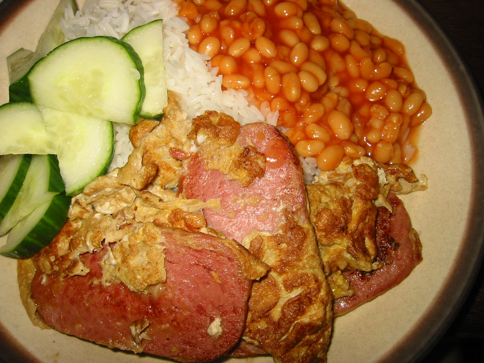 SPAM and egg, rice, baked beans and cucumber