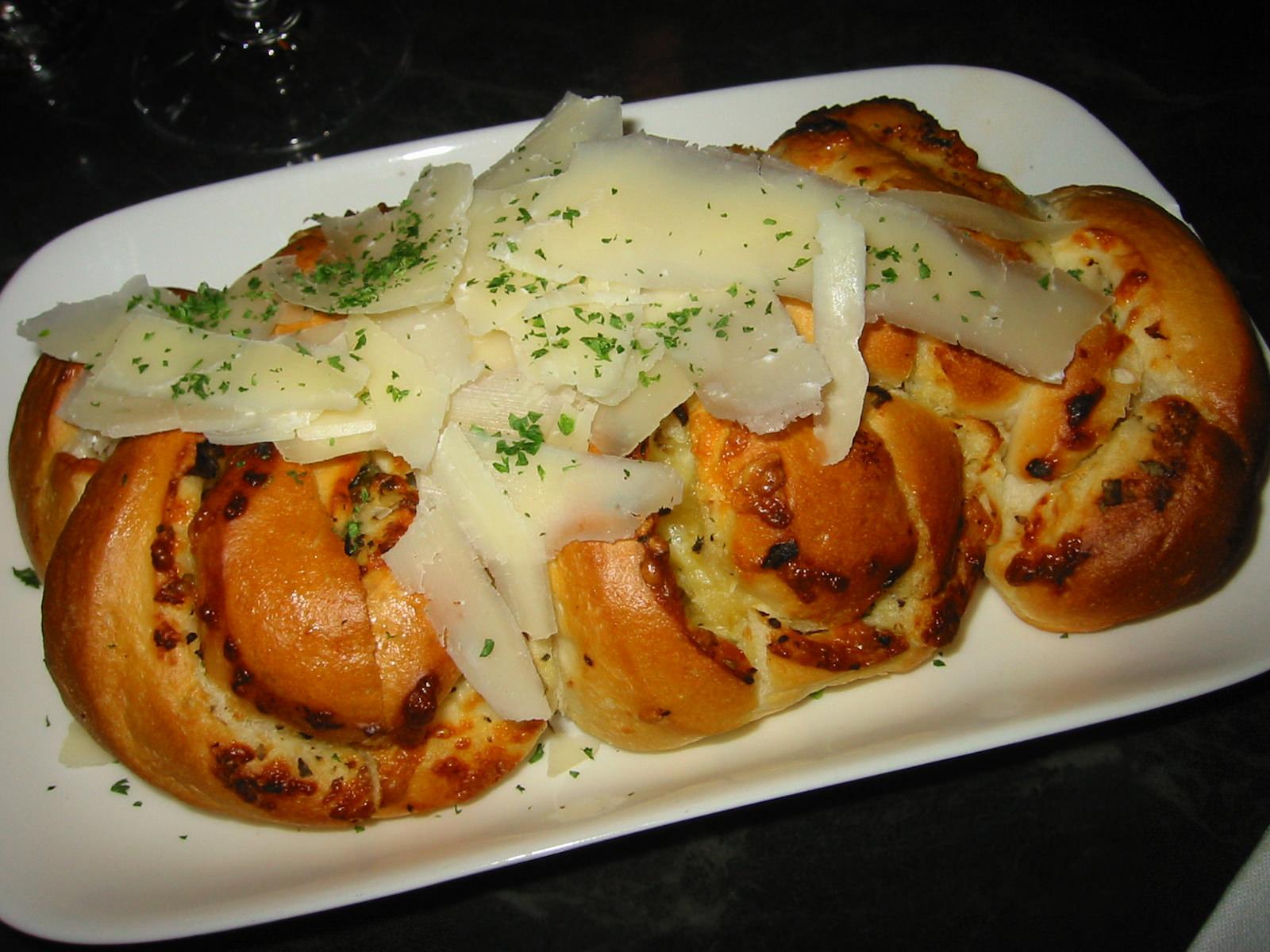 Toasted garlic cibatta bread