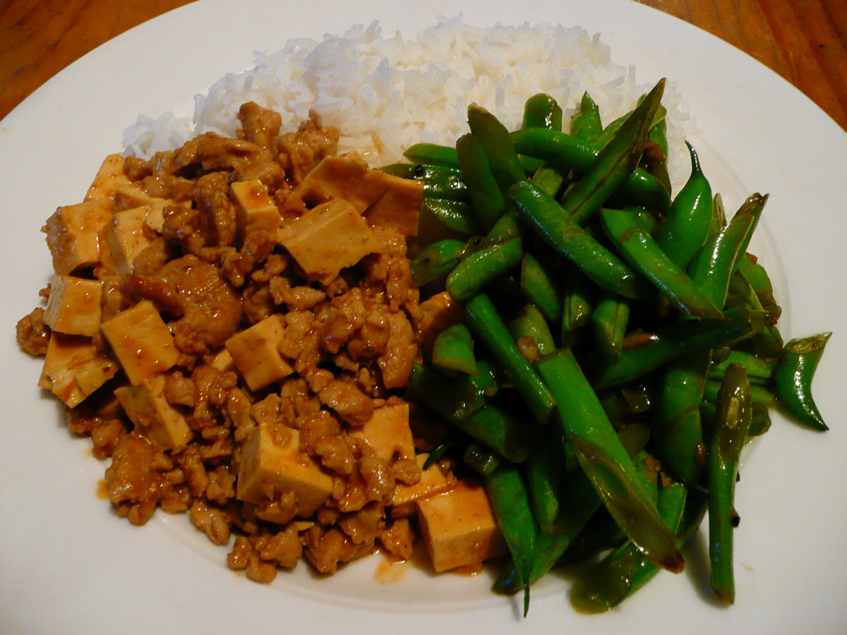 Ma po tofu, stirfried green beans and rice