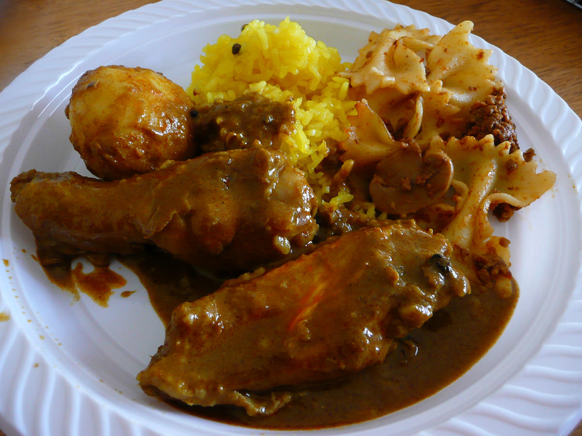 My plate - nasi kunyit and chicken curry