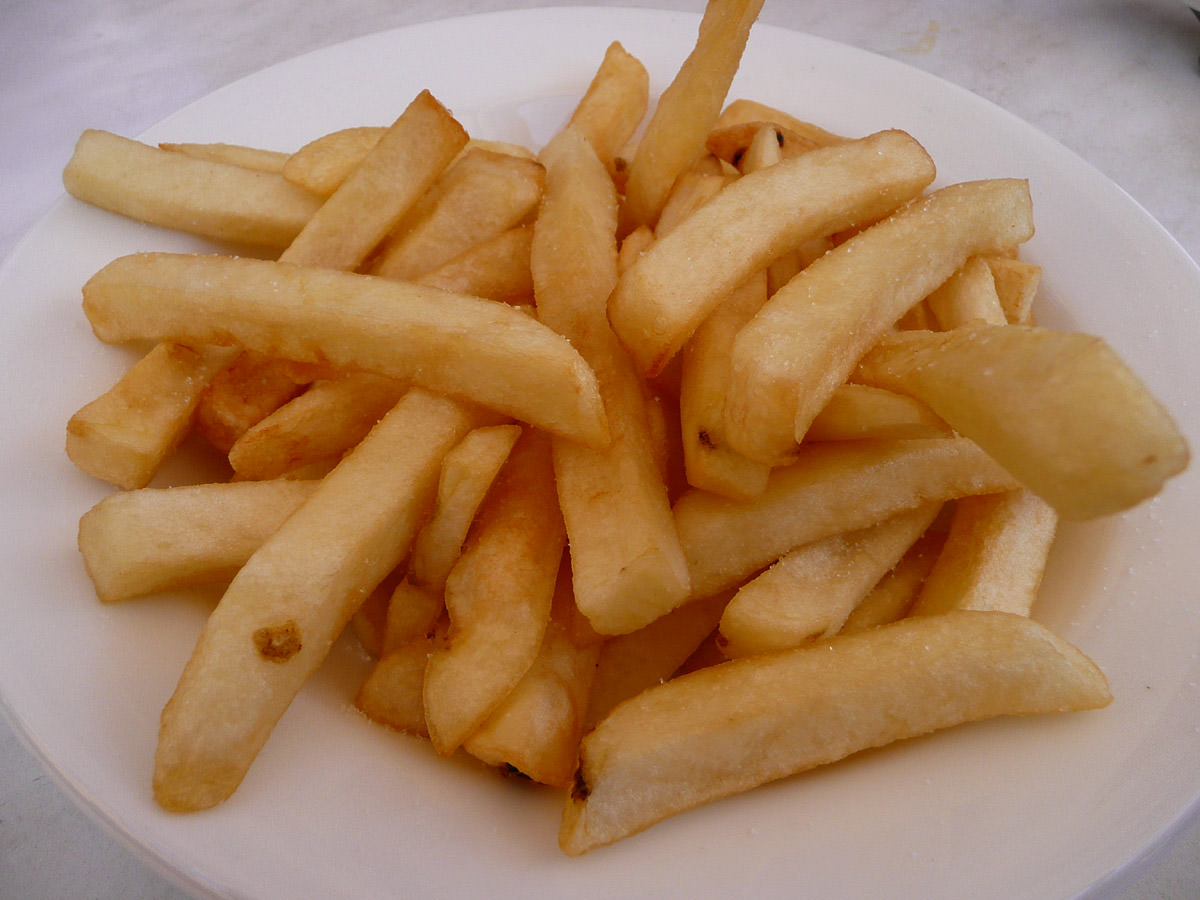 Plate of hot chips