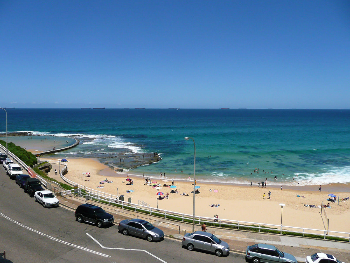View of Newcastle Beach and the Canoe Pool
