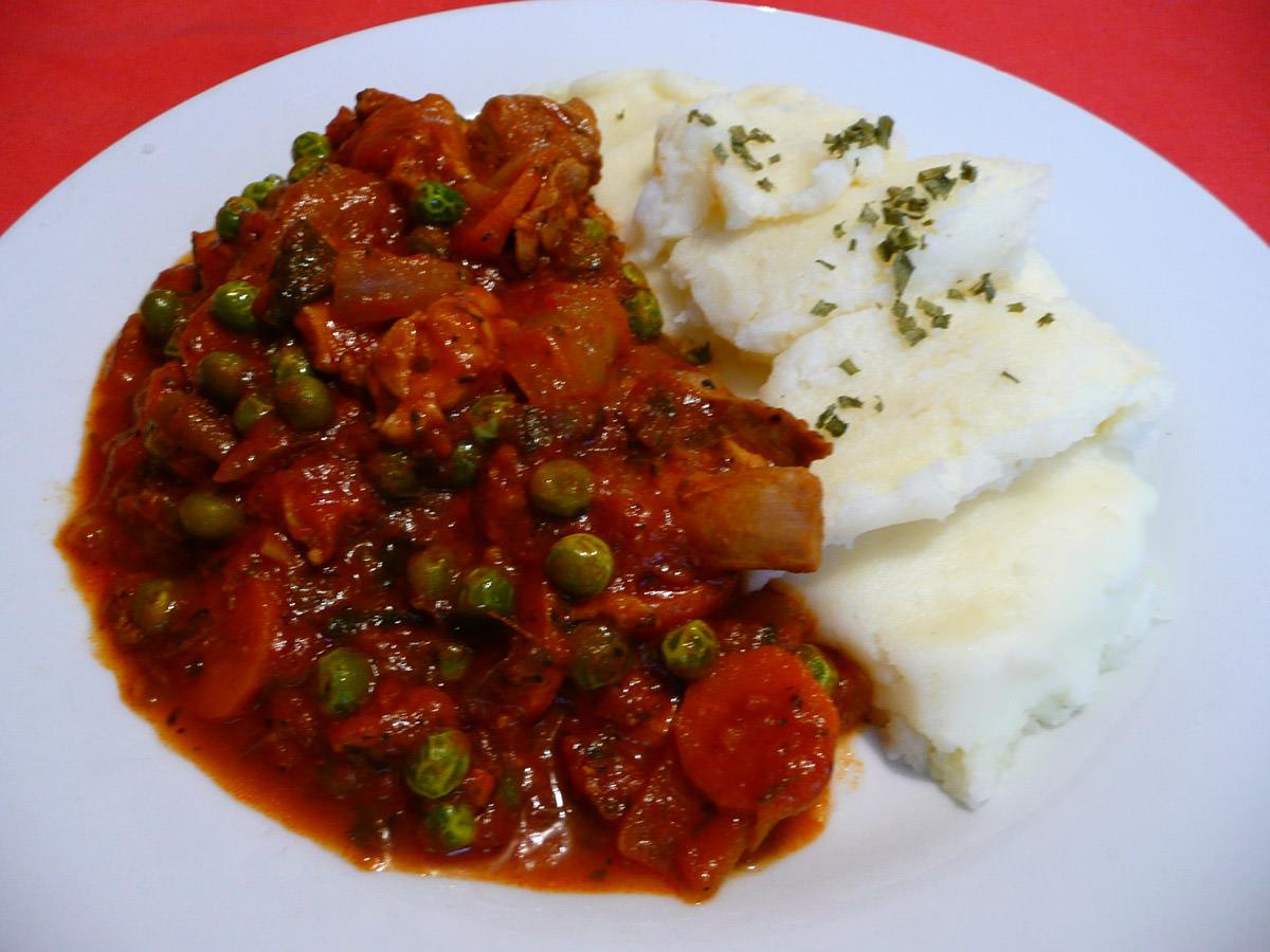 Chicken casserole with mashed potato