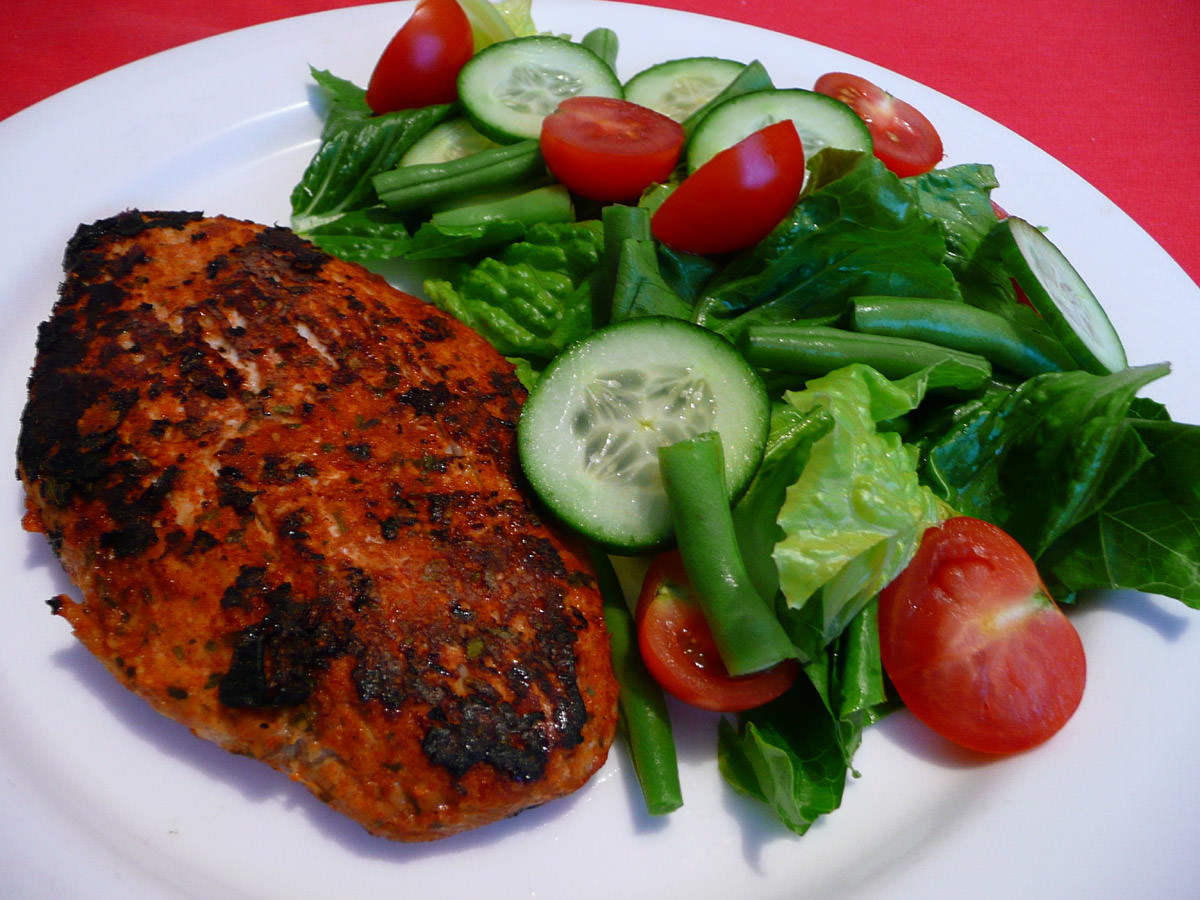 Peri peri chicken breast with salad