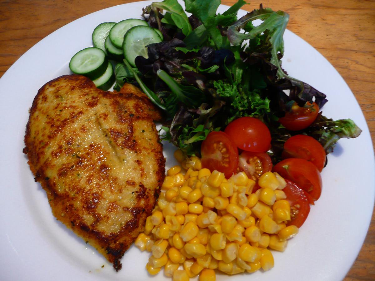 Chicken schnitzel with salad