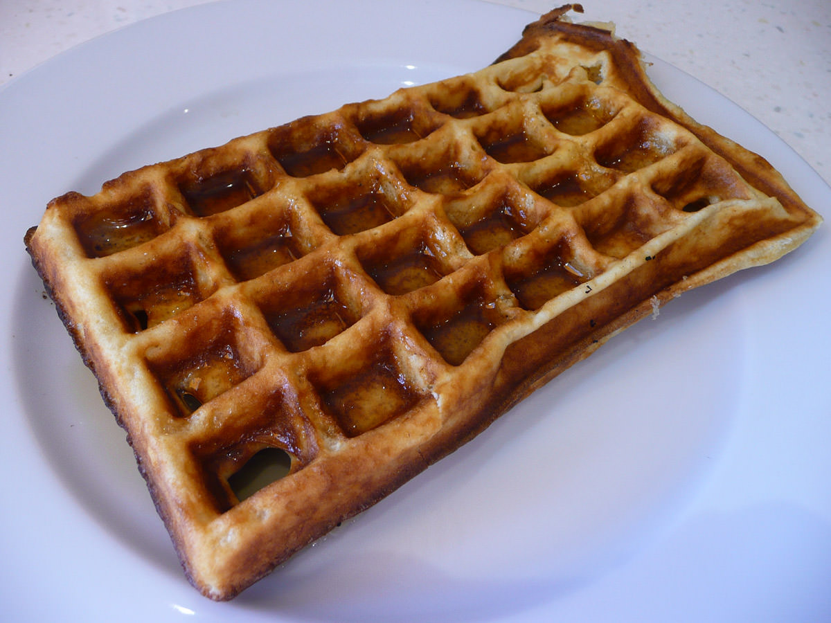 Waffle with maple syrup