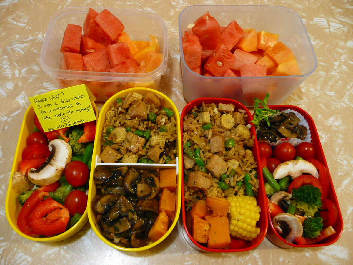 Hers and hers bento lunches