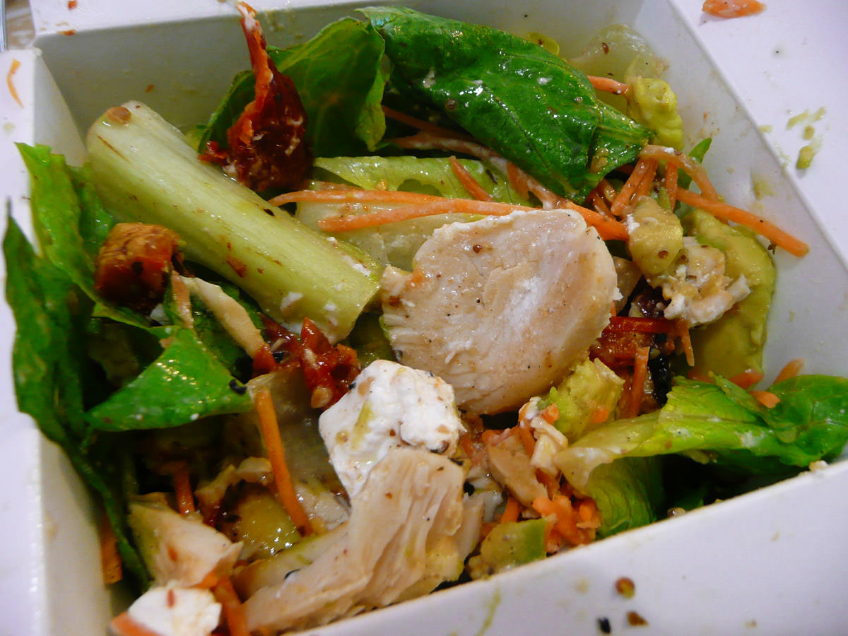 Sumo Salad grilled chicken low GI salad