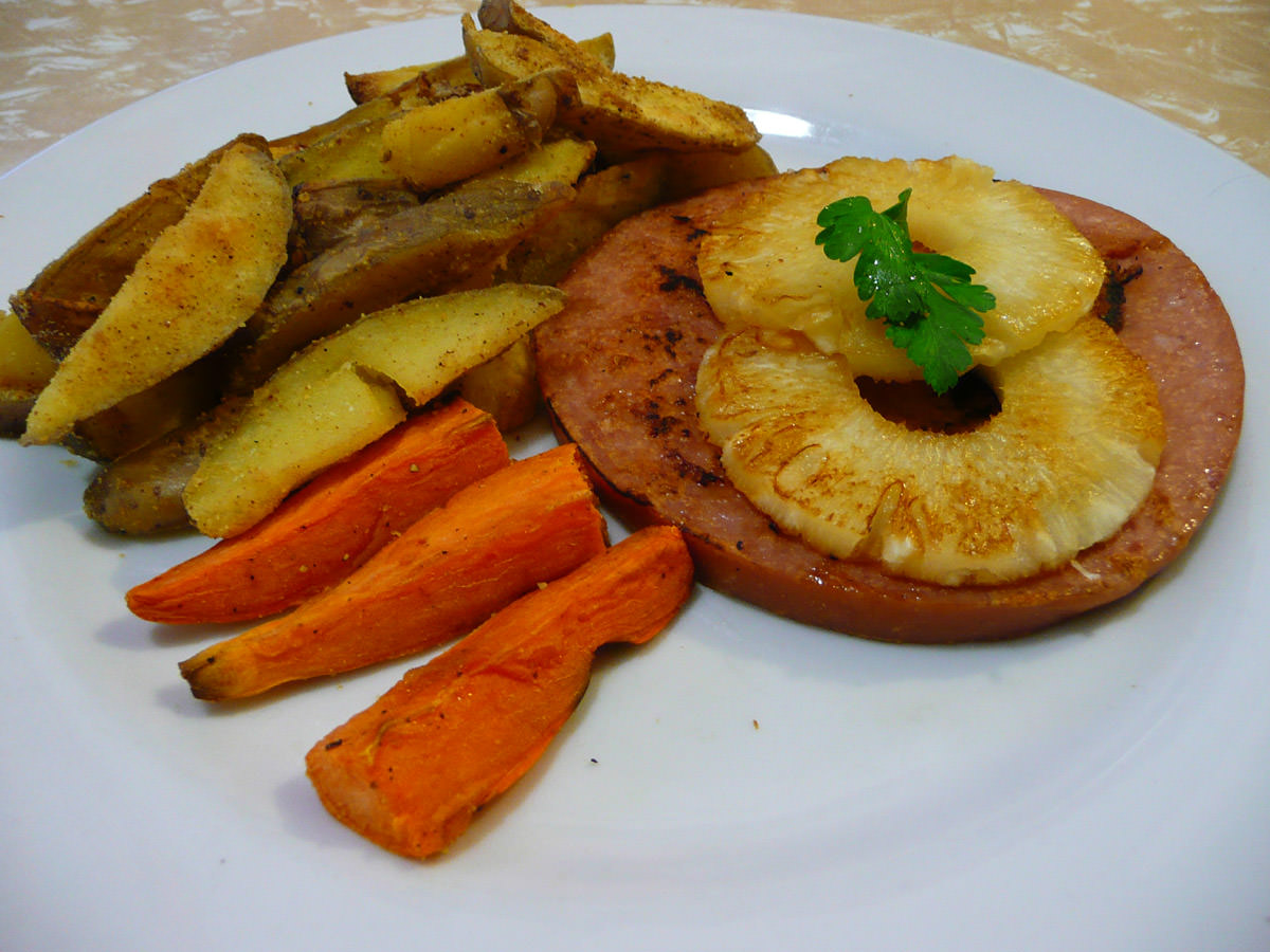 Ham steak, pineapple and oven wedges (potato and sweet potato)