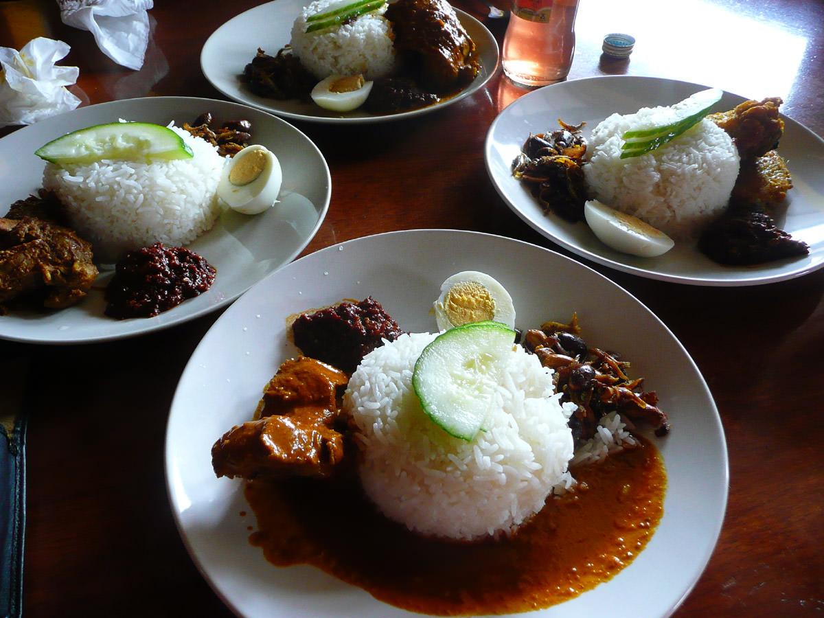 Four nasi lemak