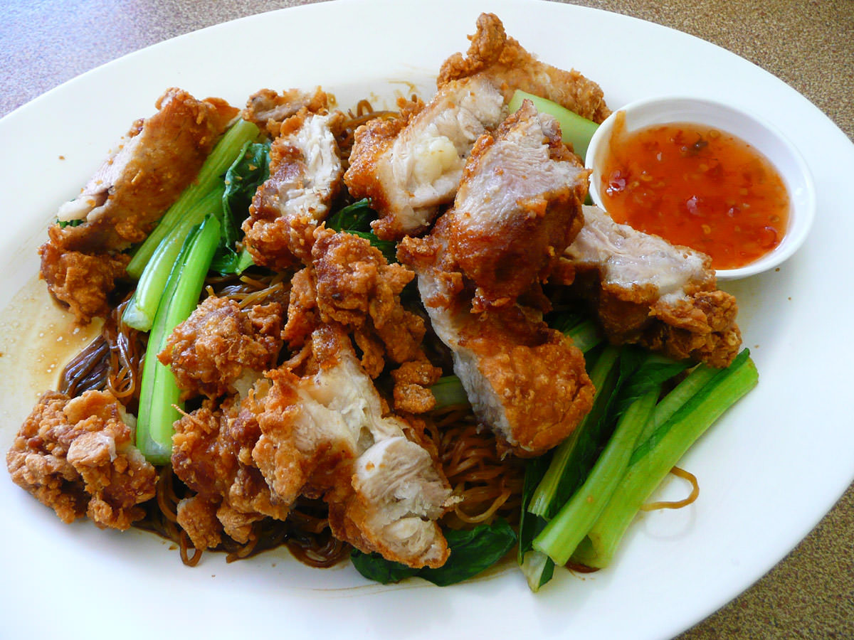Crispy chicken noodles dry style