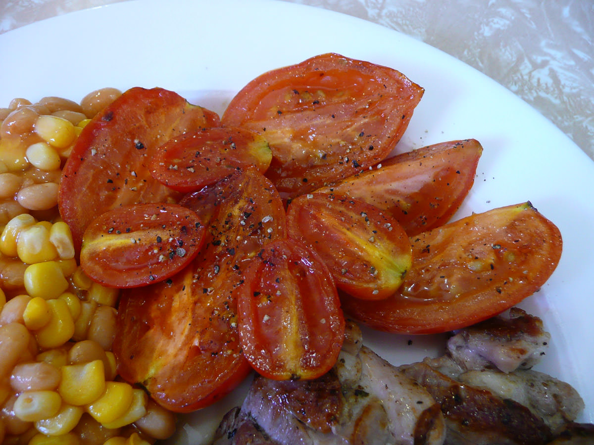 Close-up of panfried tomato