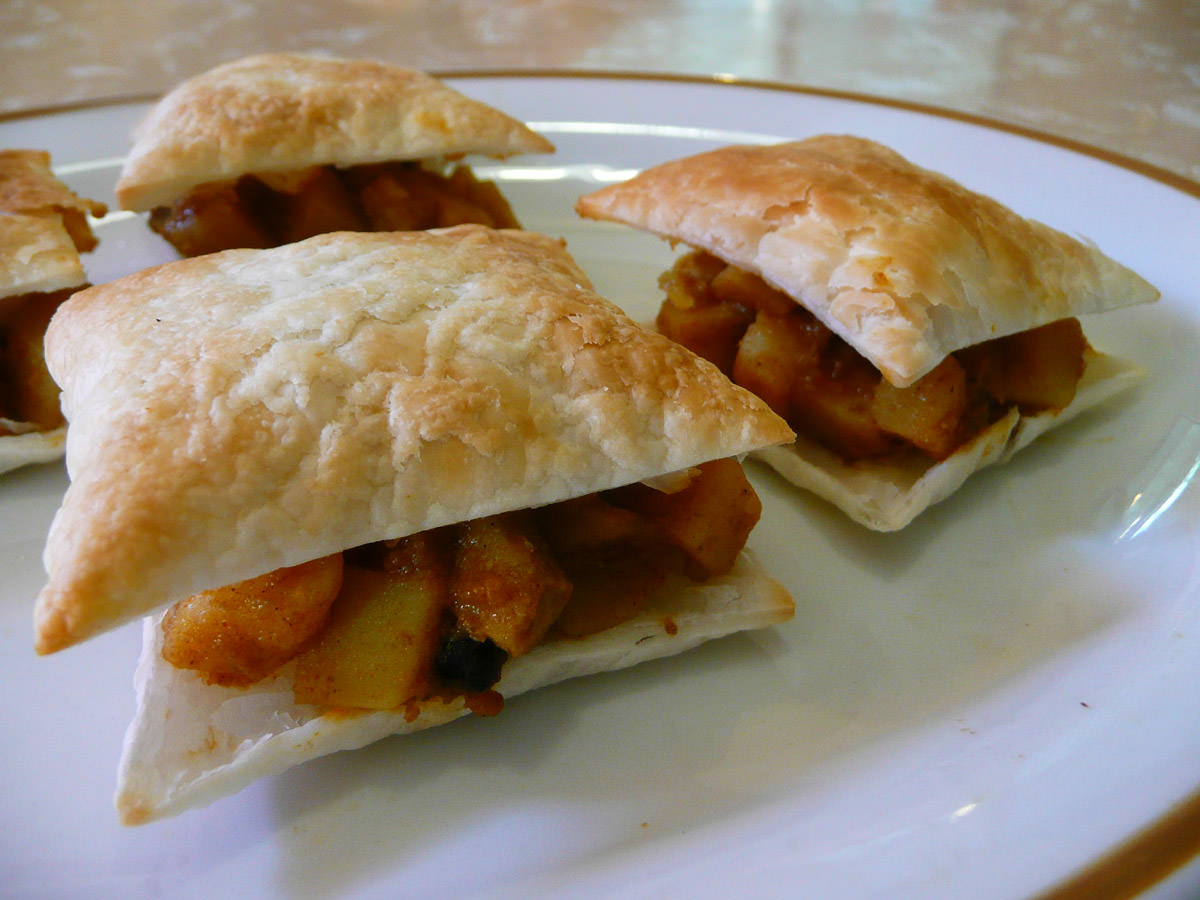 Cheat's curry puffs