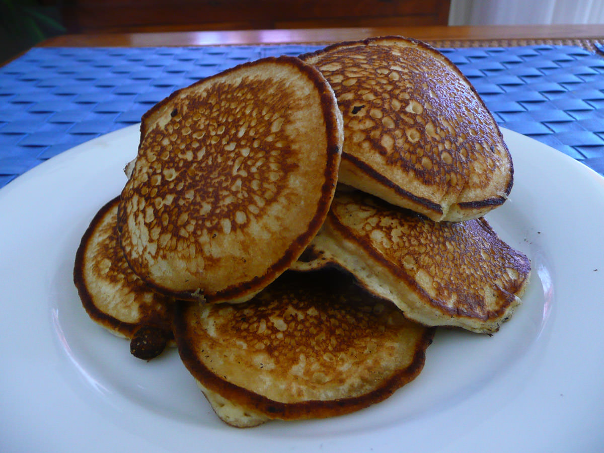 A pile of pikelets