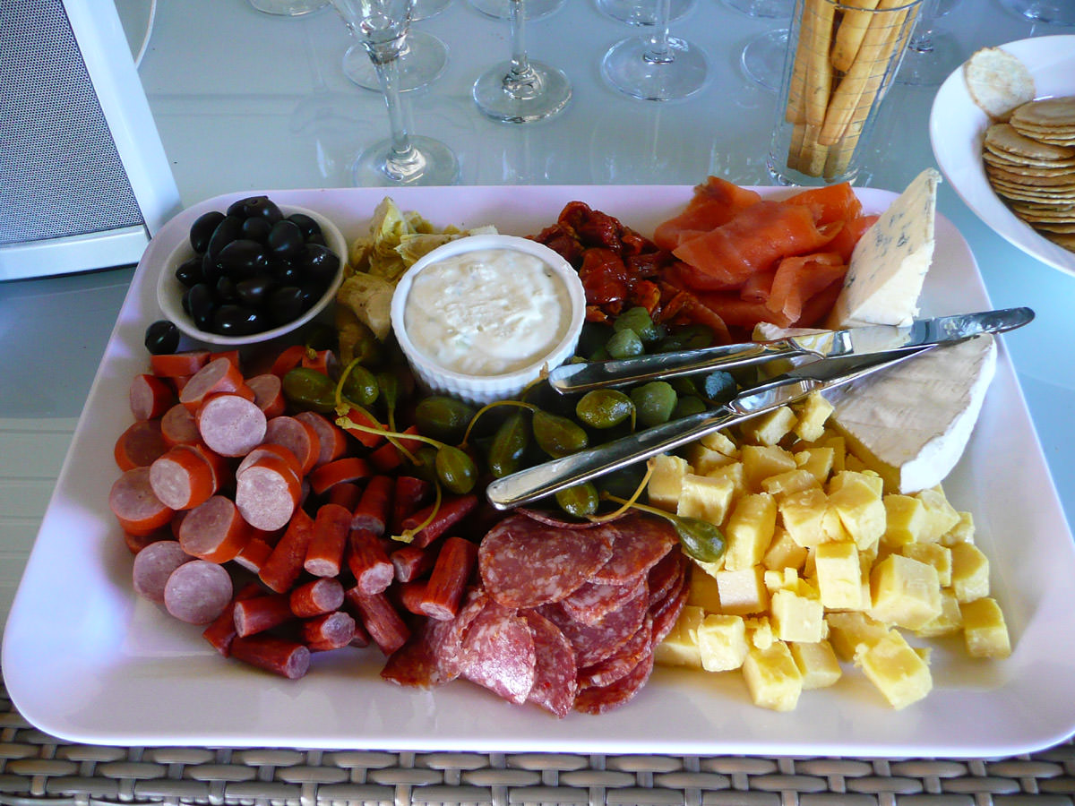 Antipasto platter- cold meats, cheeses, olives and dip