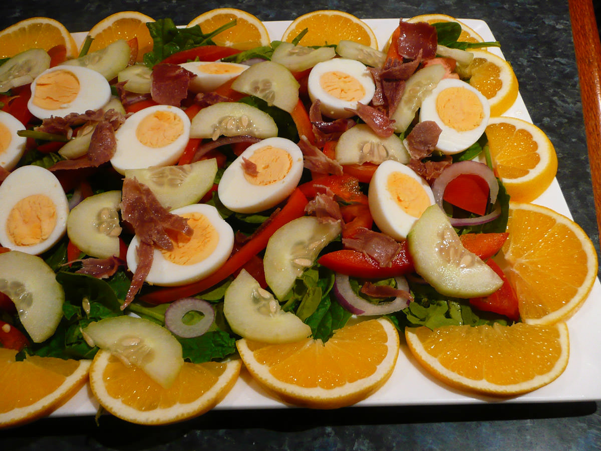 Big salad - that's prosciutto on top