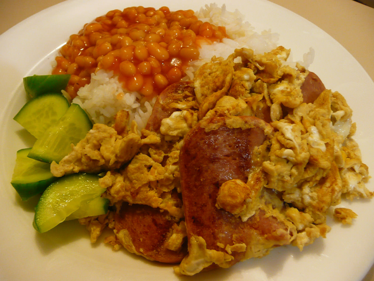 SPAM and egg, baked beans, cucumber and rice