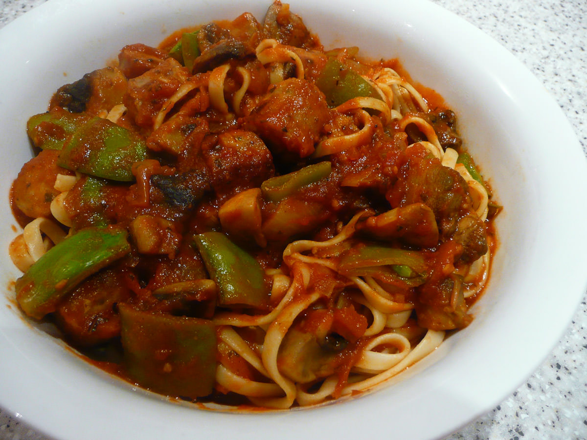 Linguine with Italian sausage and vegetables - stirred through