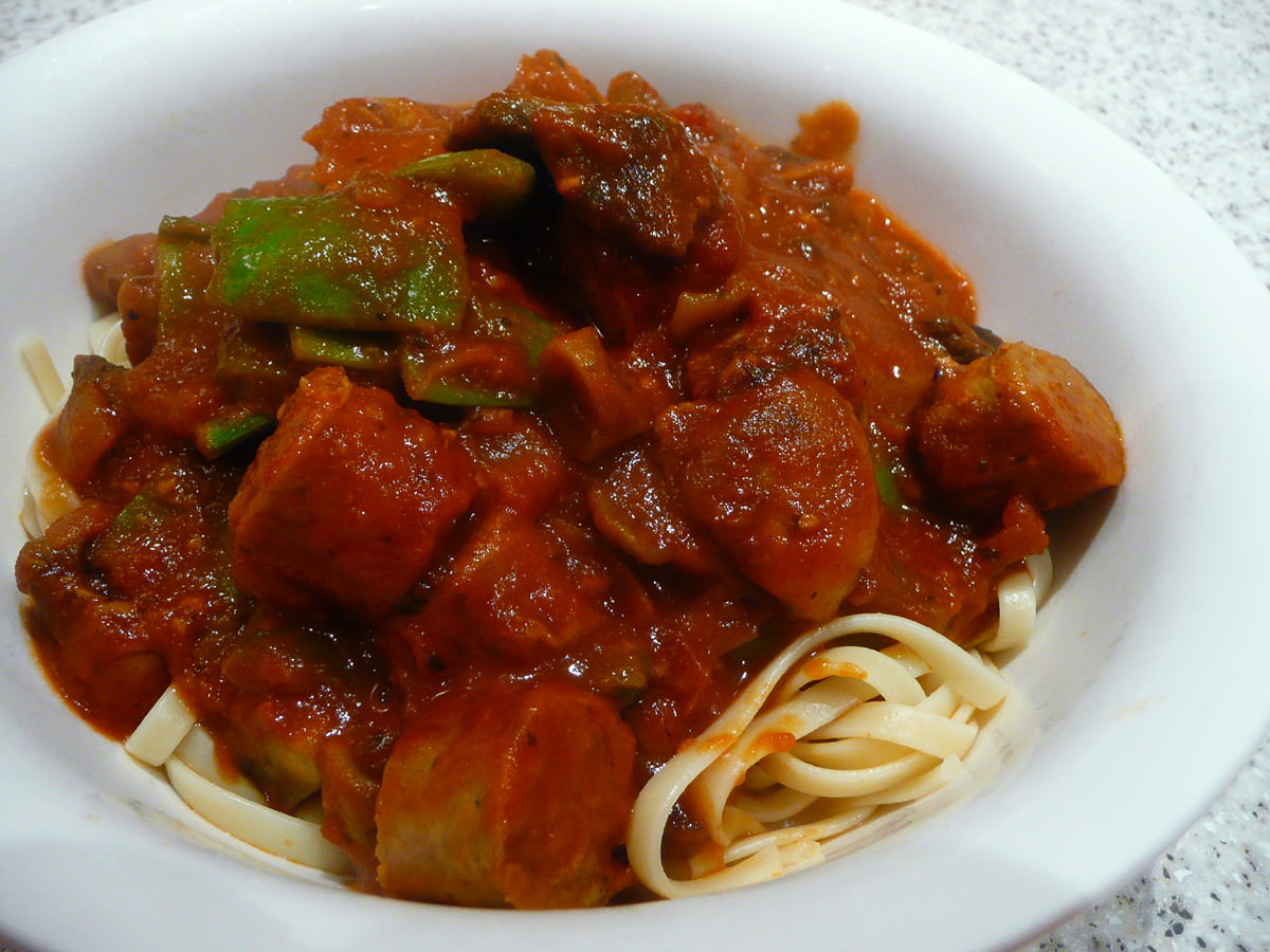 Linguine with Italian sausage and vegetables