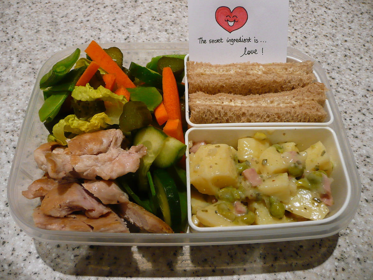 Jac's bento with note