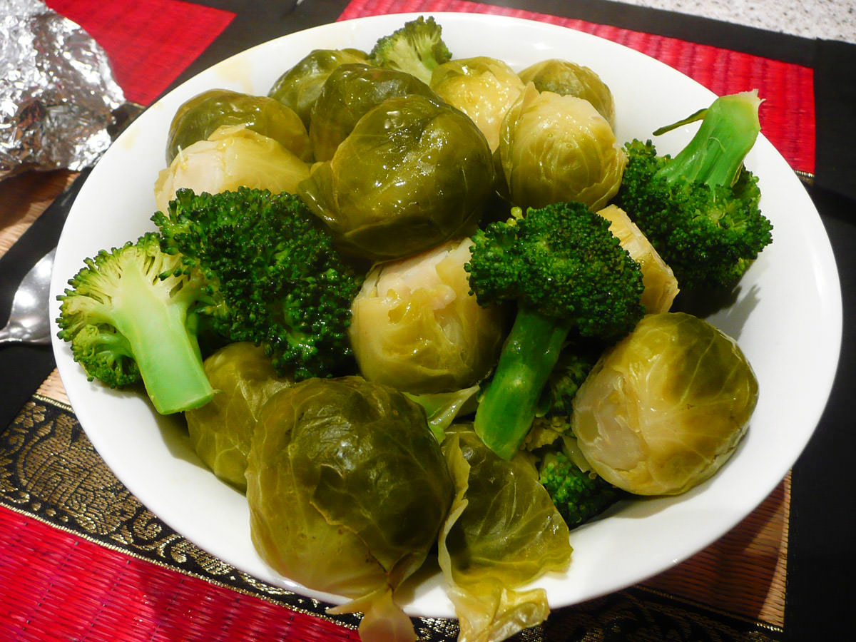 Steamed Brussels sprouts and broccoli
