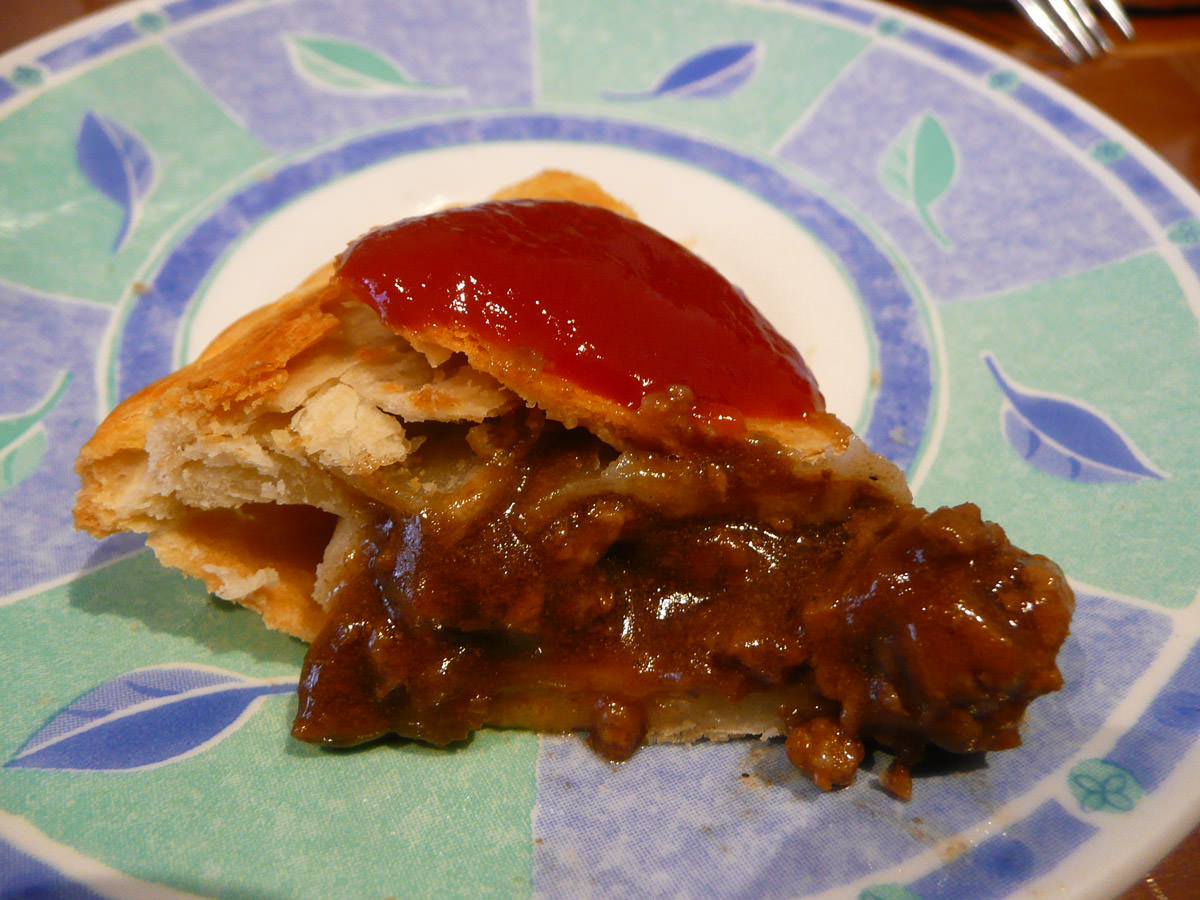 Country pie with tomato sauce