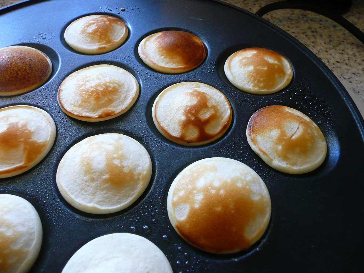 Poffertjes looking golden brown