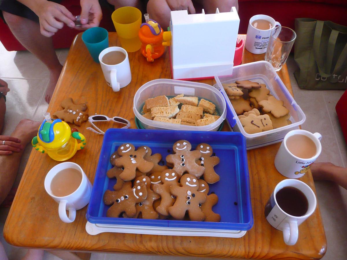 Gingerbread, shortbread, coffee and tea