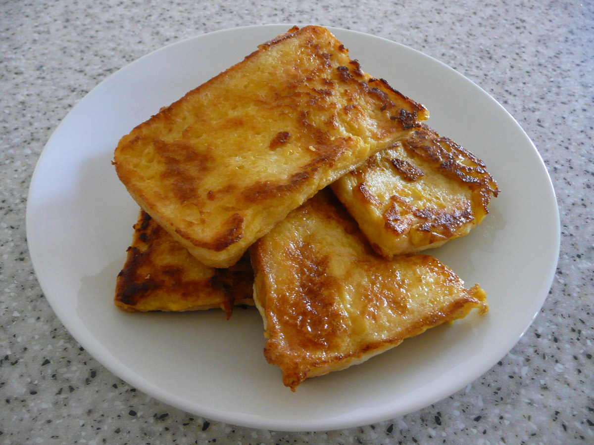 French toast - 4 slices for breakfast