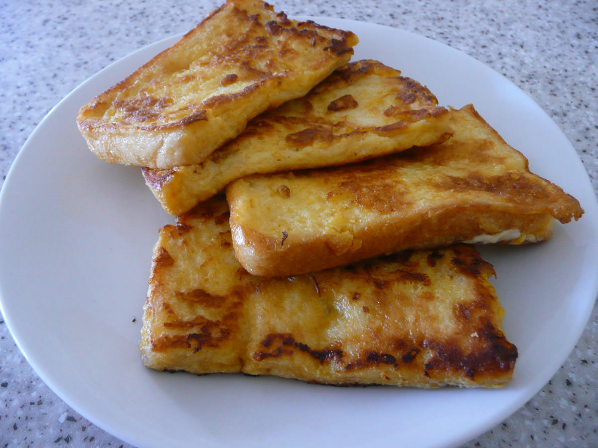 French toast - 4 slices for snacking on later