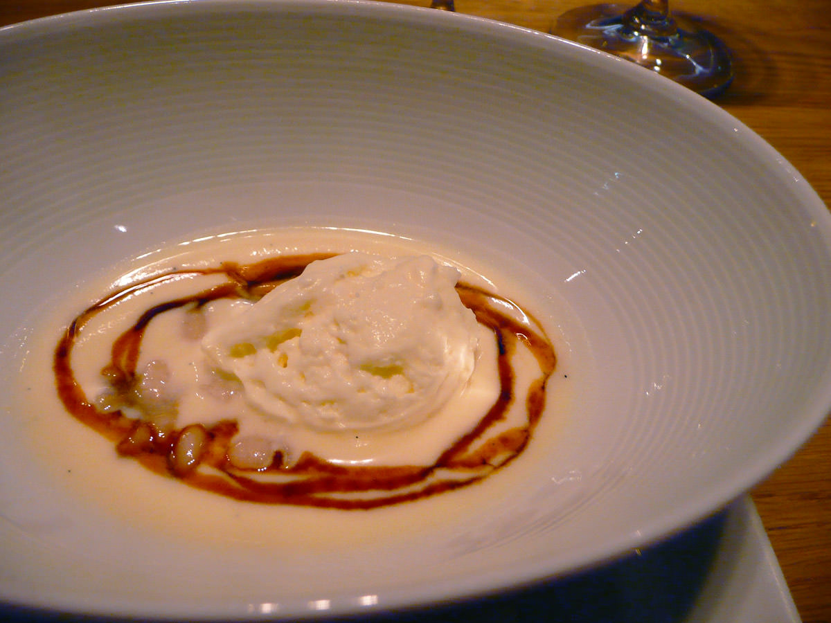 Cannellini beans with marscapone and soy caramel