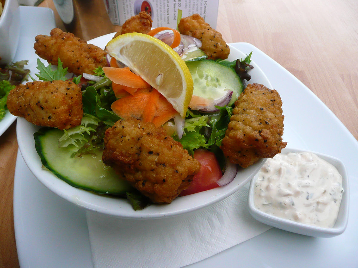 Salt and pepper squid with salad