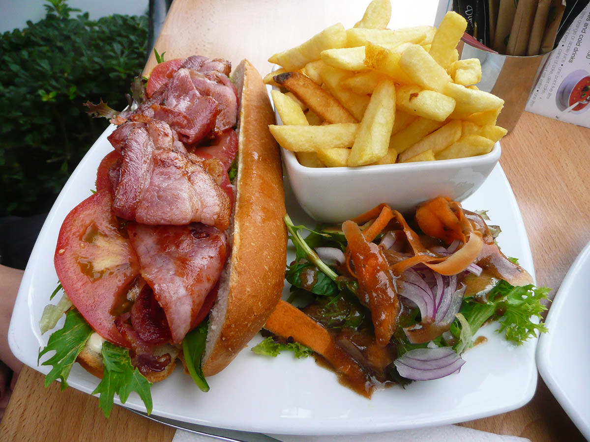 BLT with salad and chips
