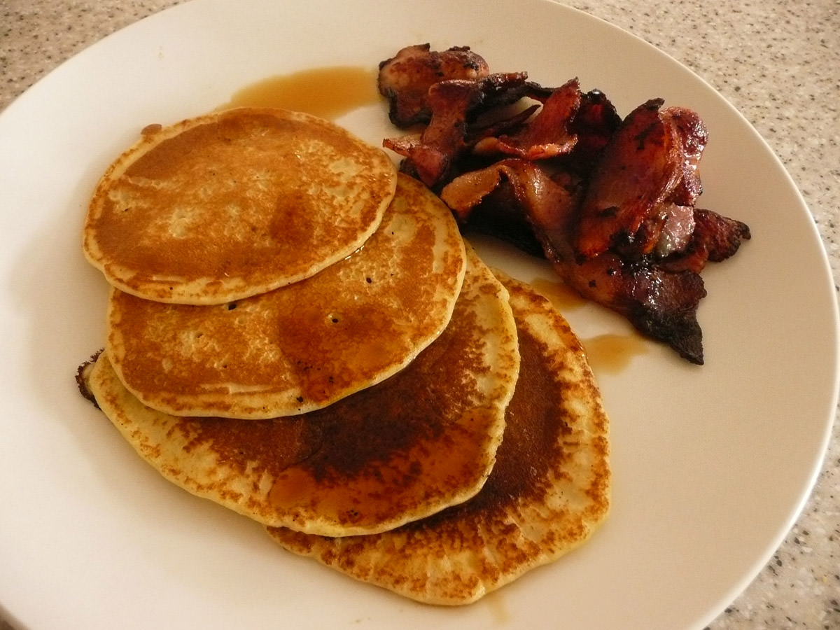 Pancakes with maple syrup and bacon