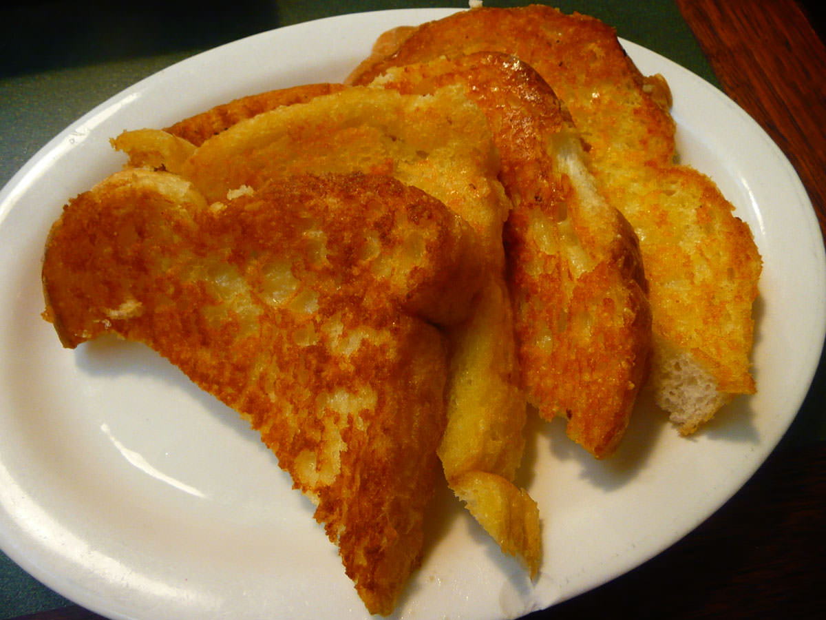 Sizzler cheesy bread