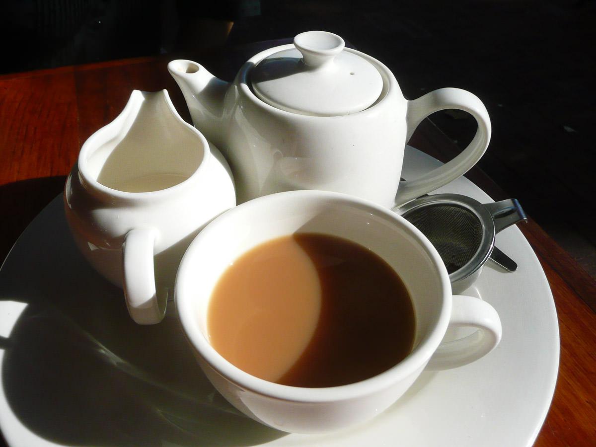 English breakfast tea with soy milk