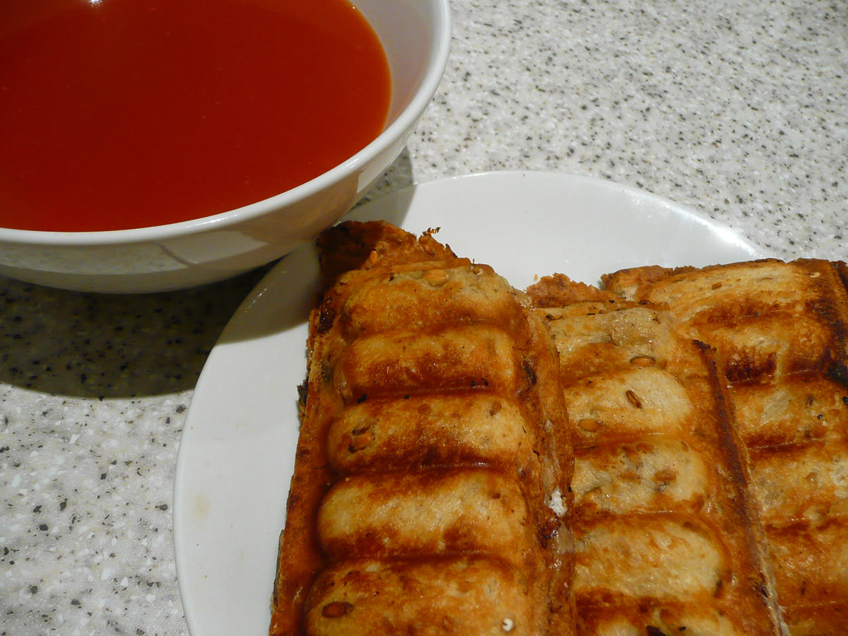 Tomato soup and toasted sandwiches