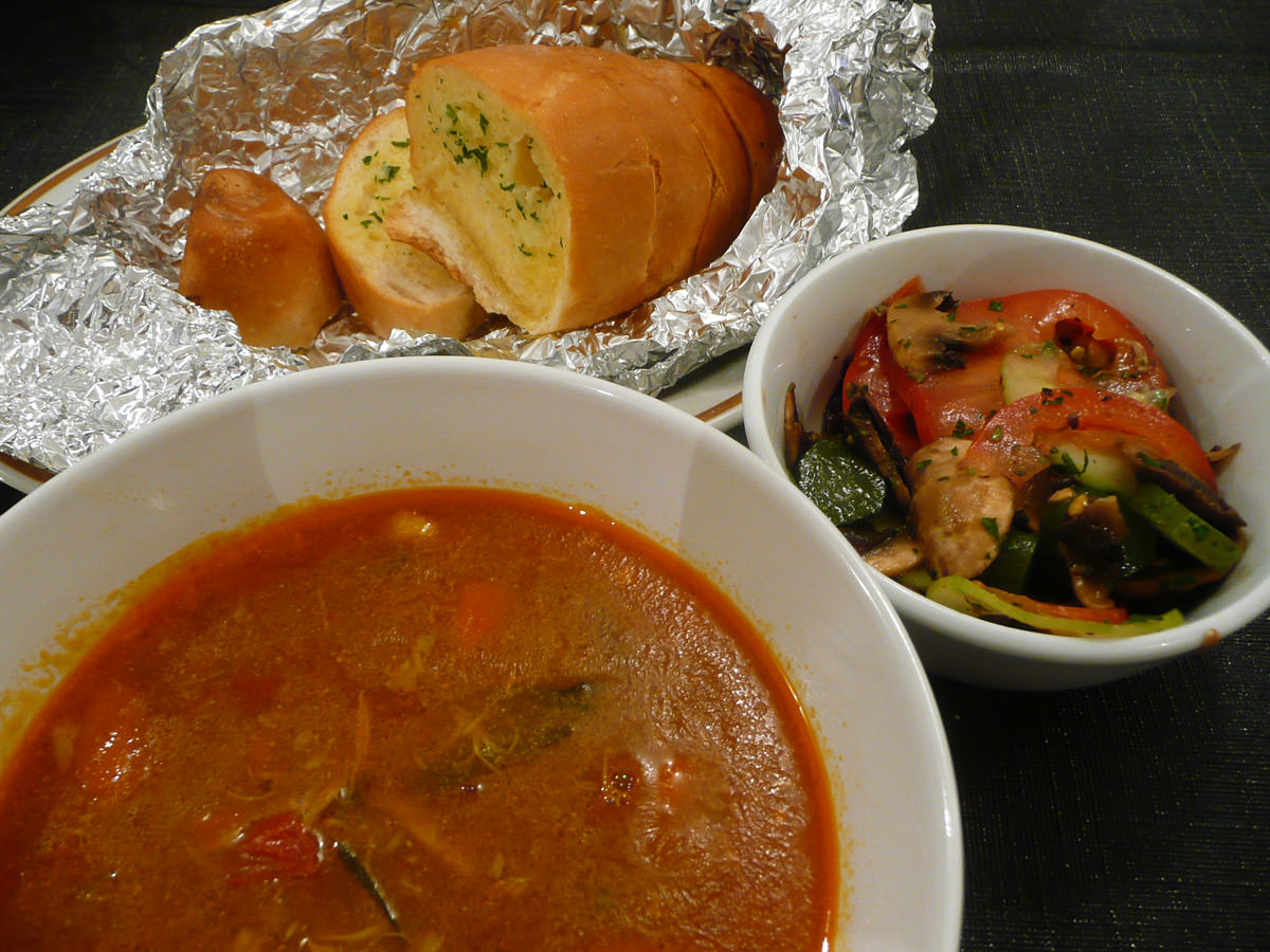 Soup, garlic bread and salad