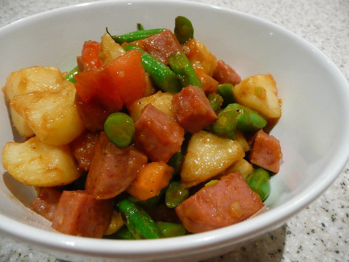 SPAM, potato, bean and tomato stir-fry