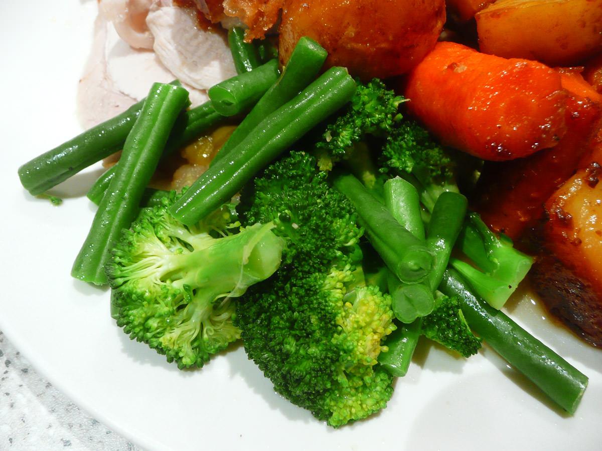 Steamed green vegetables