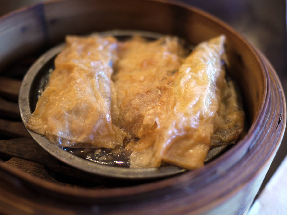 Steamed prawn and pork bean curd rolls in oyster sauce