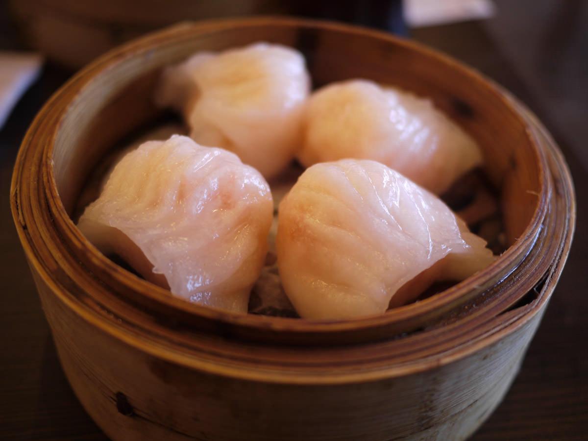 Prawn dumplings (har kow)