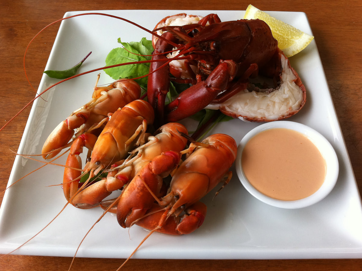 Tasting plate (yabbies and marron)
