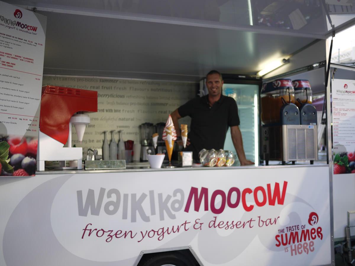 Waikika Moocow (frozen yoghurt stand)