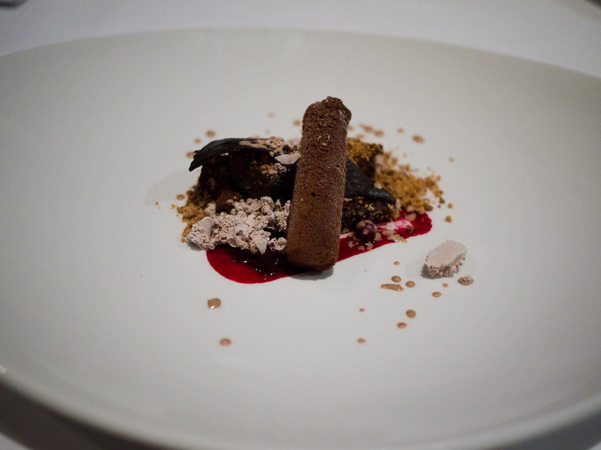 Fifth course: chocolate and beetroot (after adding liquid nitrogen ice cream)
