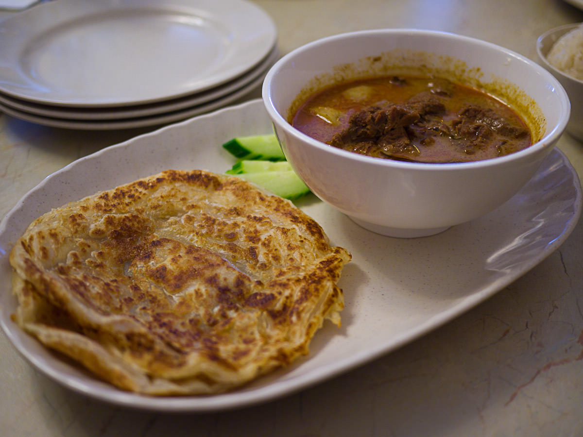 Beef curry with roti canai (AU$9.50)