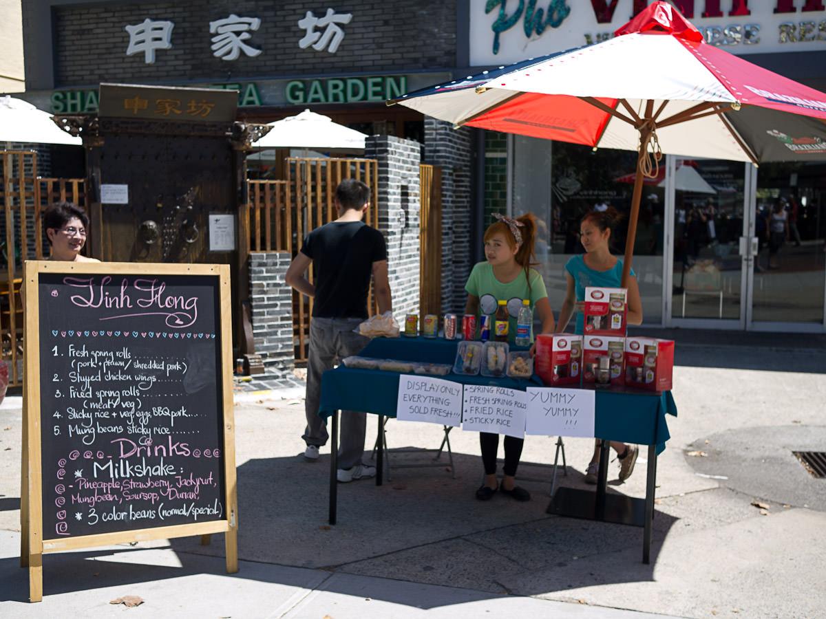 Vinh Hong stall