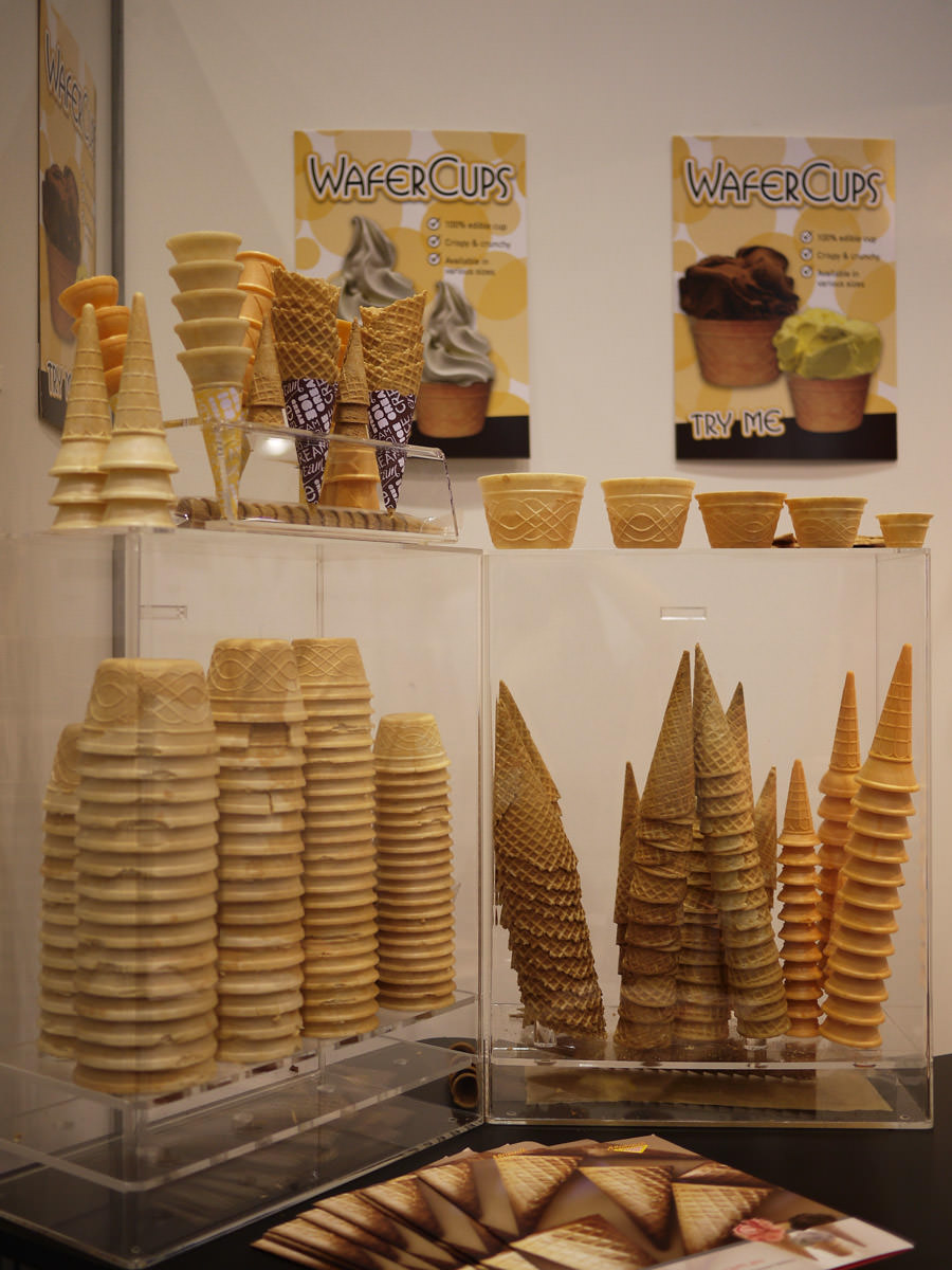 Wafer cups and cones